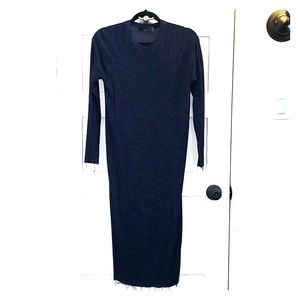 Navy blue knitted midi dress. Long sleeves size Sm